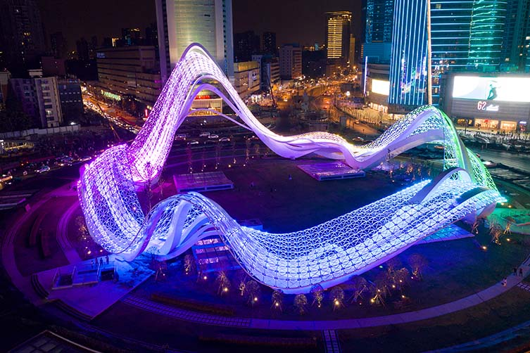 Milky Way Giant Installation Artwork With Lights by Capa is Winner in Arts, Crafts and Ready-Made Design Category, 2020 - 2021.