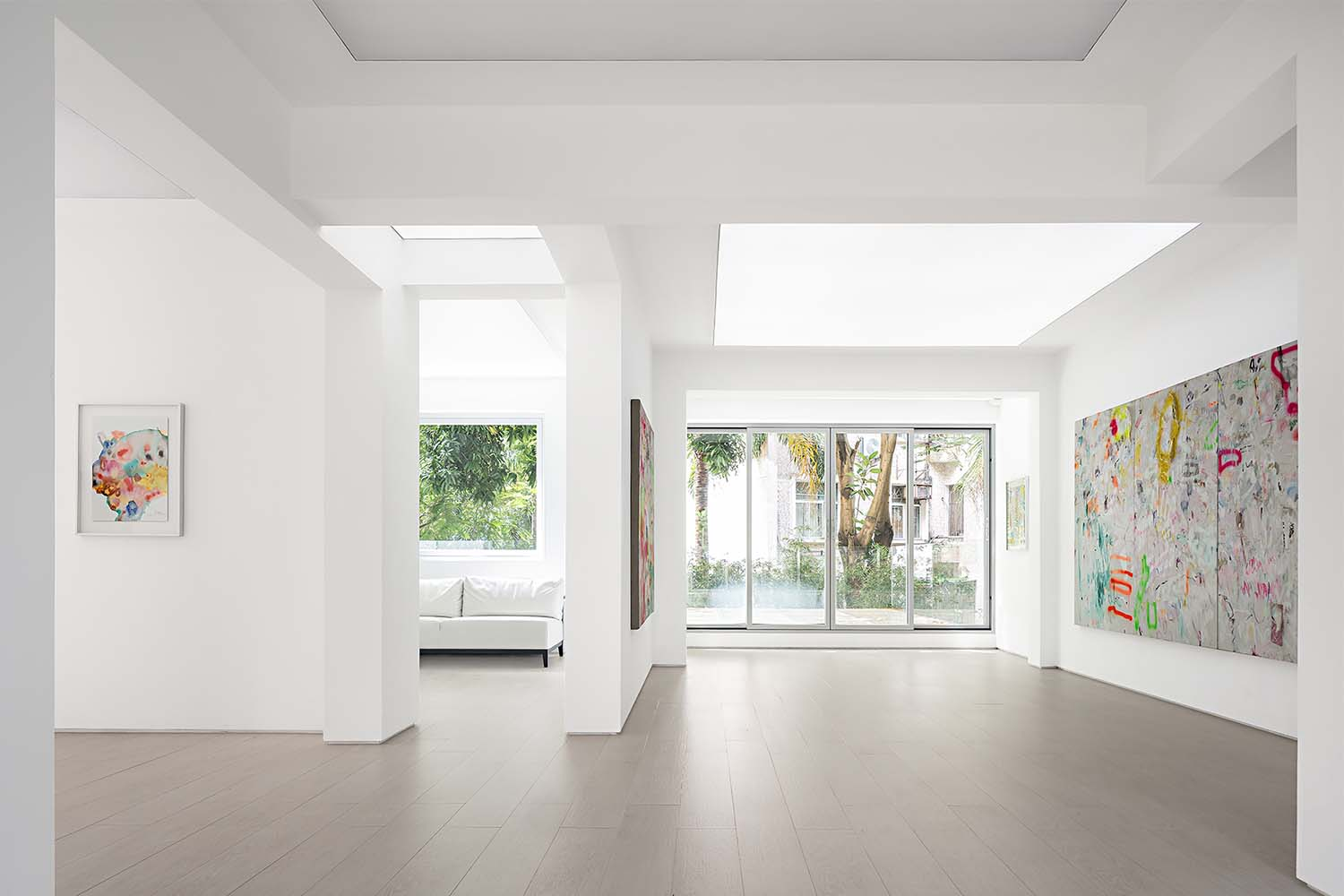 Kennaxu Gallery Showroom by Da Integrating Limited; Winner in Interior Space and Exhibition Design Category, 2020—2021
