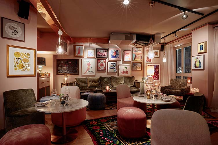 25hours hotel terminus nord brings parisian flair to their for Design hotel 54 nord