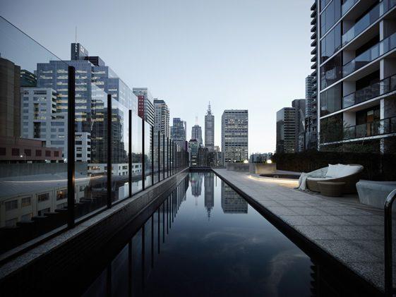 33M, Melbourne