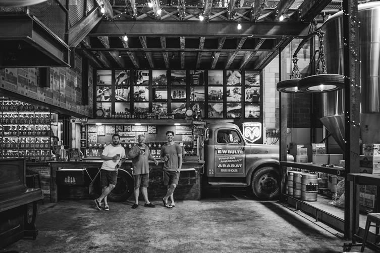 4 Pines Brewing Company Truck Bar Brookvale
