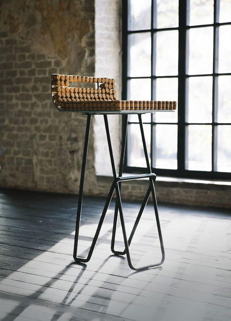 ABRAU bar stool