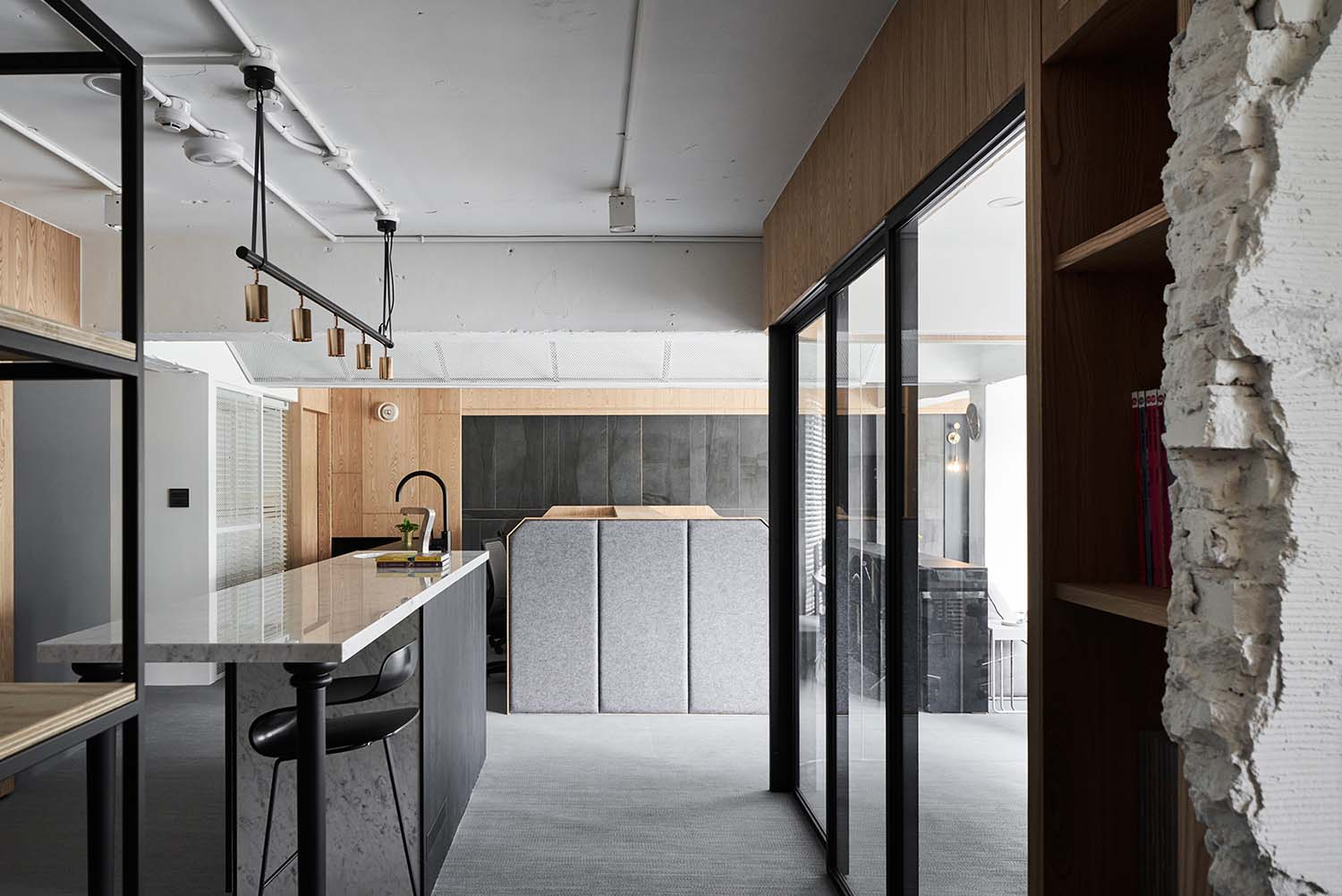 Gentle Messages Office by Yu Design Lab, Winner in Interior Space and Exhibition Design Category, 2019—2020