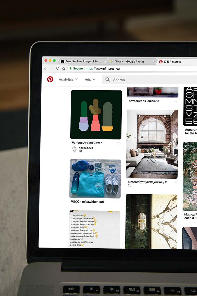 Spreading The Word To Thousands: How Do Artists Get Website Visitors?