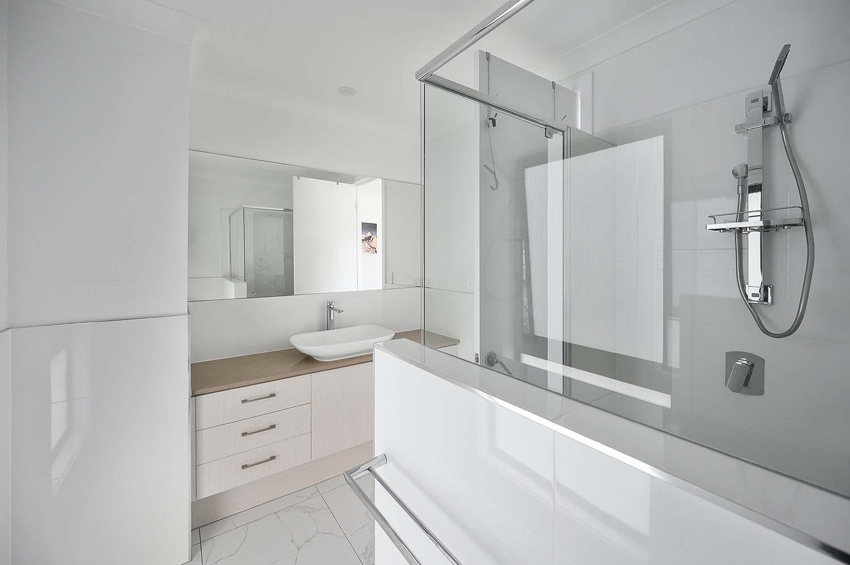 The Best Bathroom Flooring Ideas on a Budget