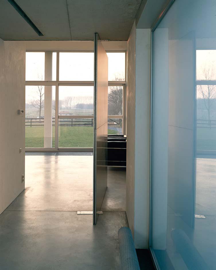 Belgian Architecture Guide: Woning Van Hover-De Pus Baardegem