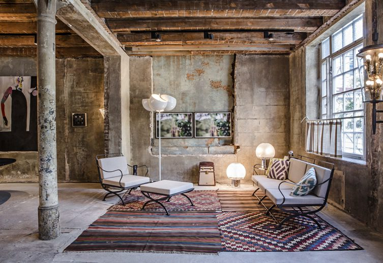 Between Time – A Curated Showcase of Fine Furnishings and Art, Berlin