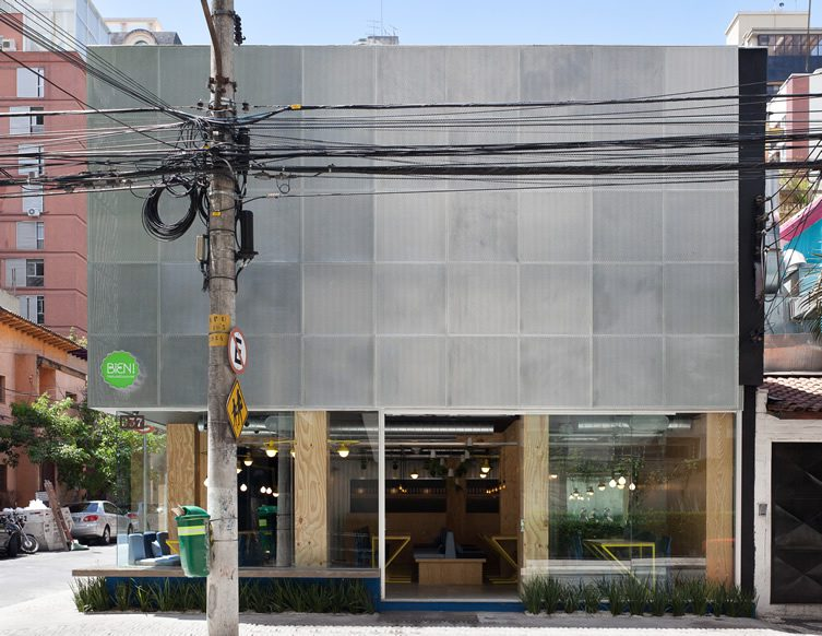 Bien! — Sao Paulo