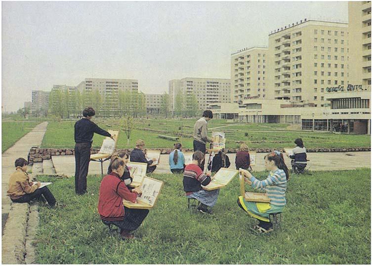 Children's art class, 1985 Novopolotsk, Byelorussian SSR