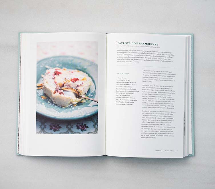 Ma Khin Café Cookbook by Stephen and Bridget Anderson