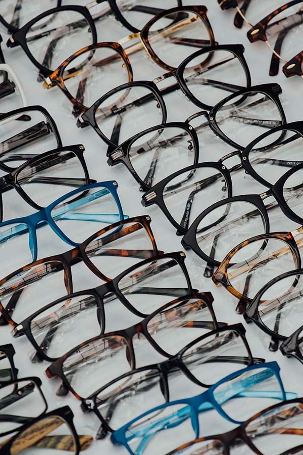 How to Choose the Right Reading Glasses for You