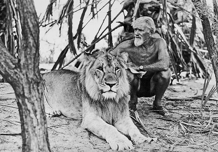 George Adamson and Christian in 1973... last photos. © Tony Fitzjohn (Gawpt)