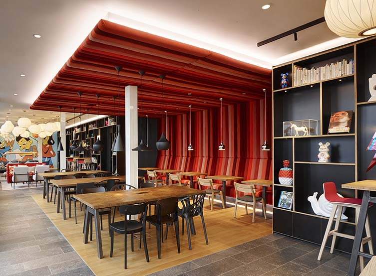 citizenM Copenhagen Radhuspladsen Design Hotel with Art Collaborations