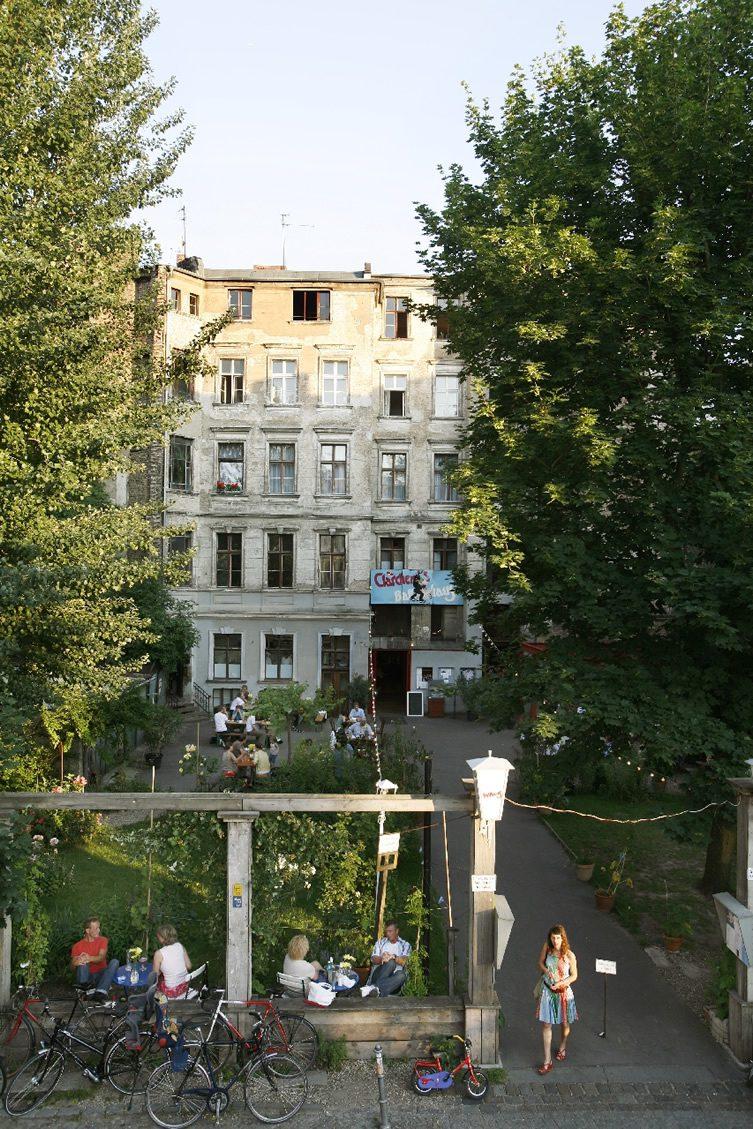 Clärchens Ballhaus — Berlin