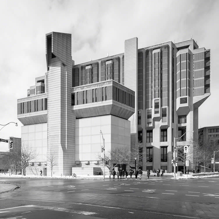 Robarts Library, University of Toronto by Warner, Burns, Toan & Lunde