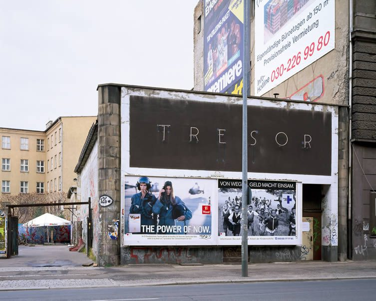 Martin Eberle, Tresor außen, Berlin, 1996