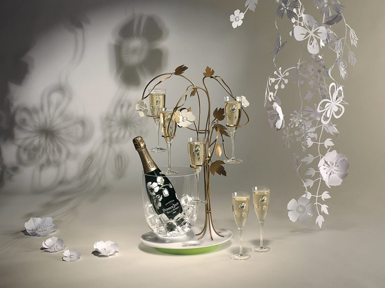 The Enchanting Tree for Perrier-Jouët, Studio Tord Boontje