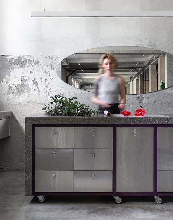 Dicentra Kiev, Wholesale Flower Shop Kyiv Designed by Rina Lovko Studio