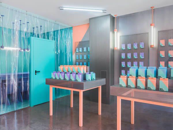 Doctor Manzana Valencia, Flagship Store Designed by Masquespacio
