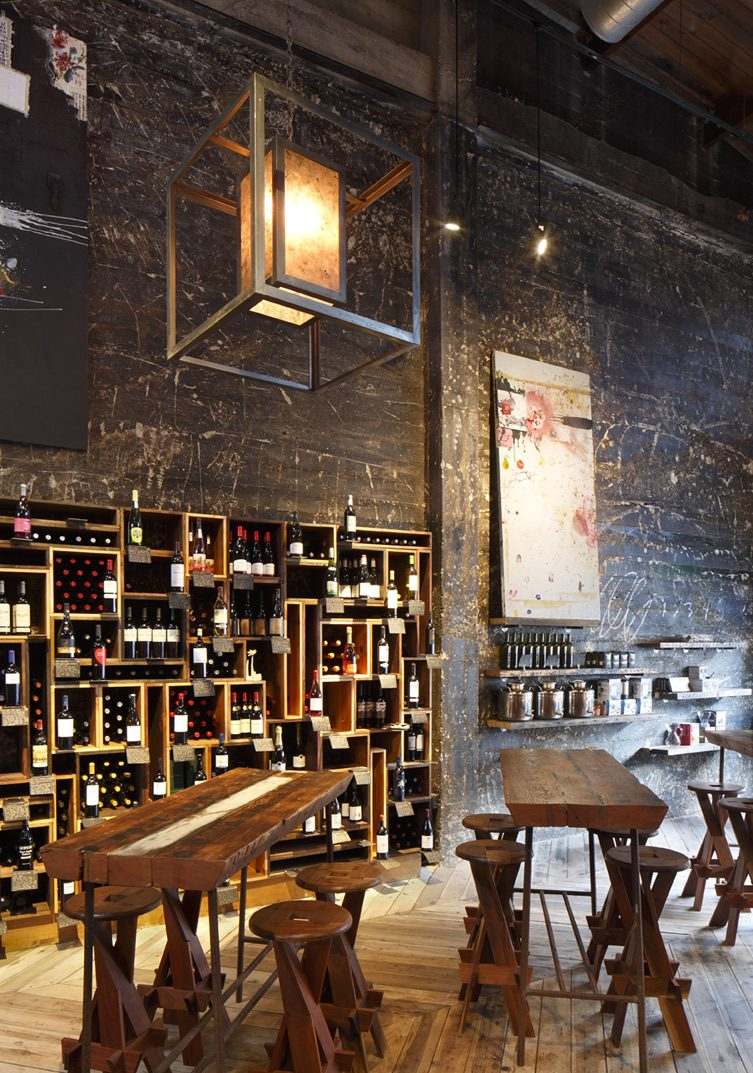 Duende restaurant and bar oakland for Wine shop decoration