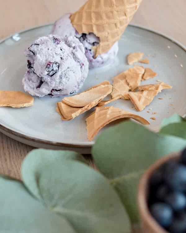 Gdynia Ice Cream Café Designed by studioturbo.pl