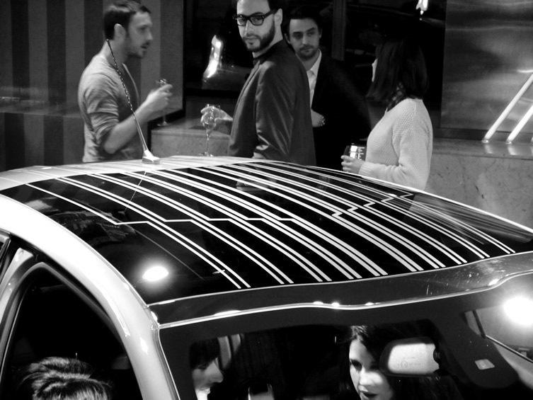 eXperYence the Peugeot 208 XY