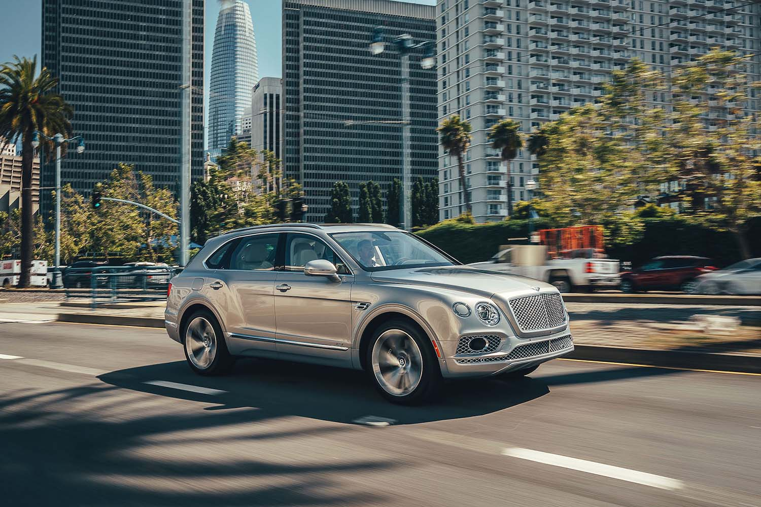 Top 10 Sustainable Luxury Cars for 2020: Bentley Bentayga Hybrid