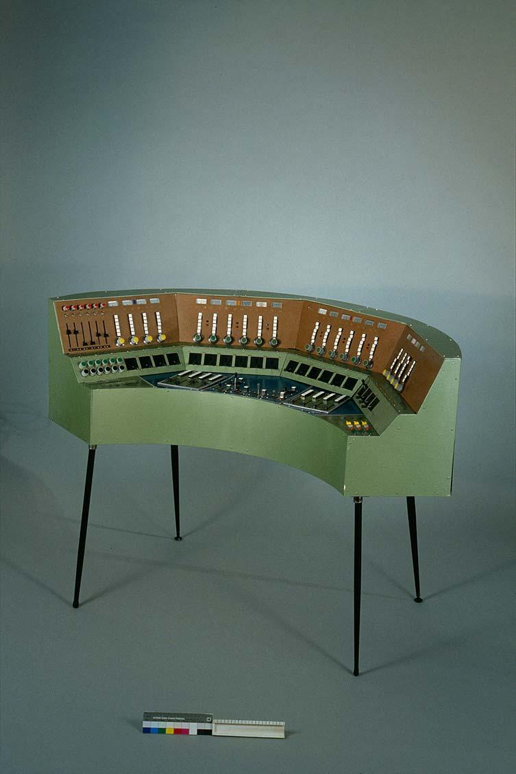 Gmebaphone 2 - Christian Clozier, France, 1975, Musée de la musique Anglès