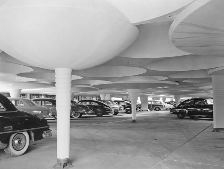 Ezra Stoller, Johnson Wax Administration Building and Research Tower, Frank Lloyd Wright, Racine, WI, 1950