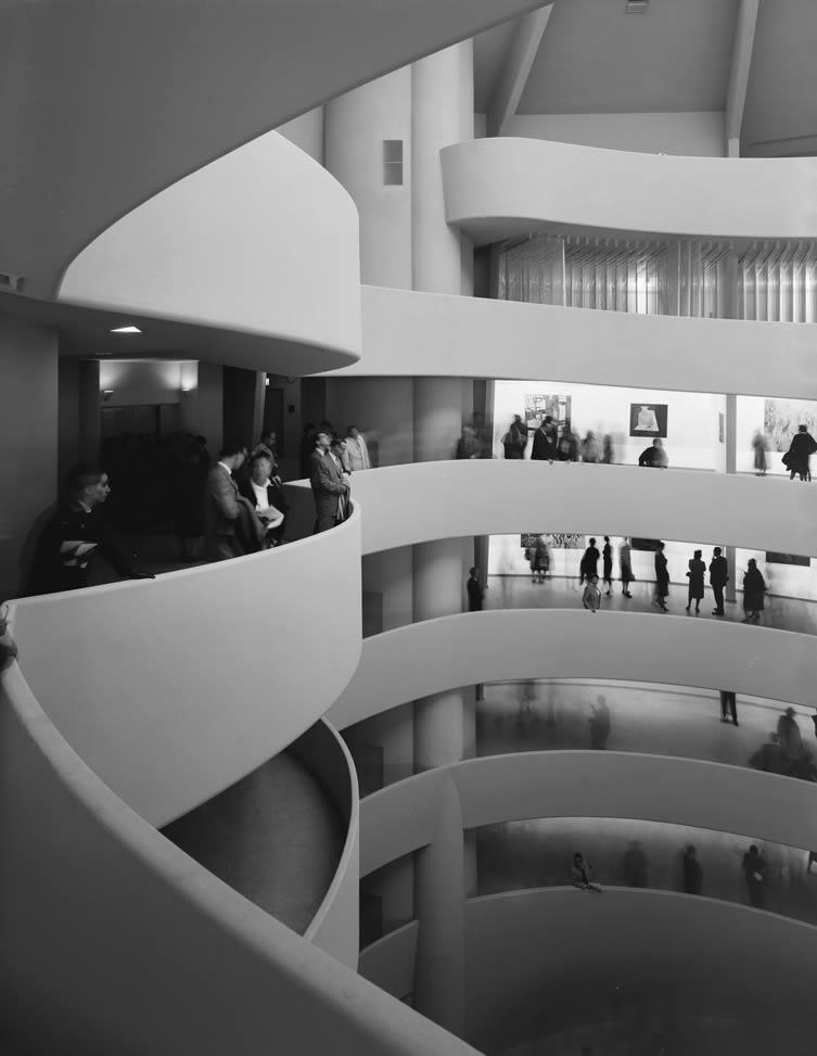 Guggenheim Museum, Frank Lloyd Wright, New York, NY, 1959