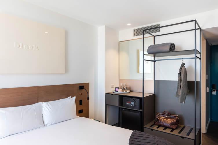 Felix Hotel Sydney Airport Hotel