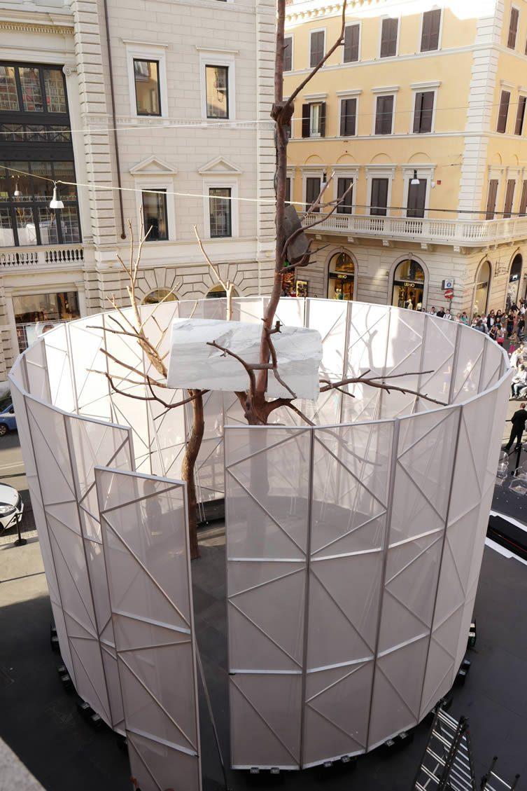 Unveiling of Giuseppe Penone's Foglie di pietra