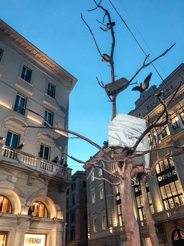 Giuseppe Penone's Foglie di pietra