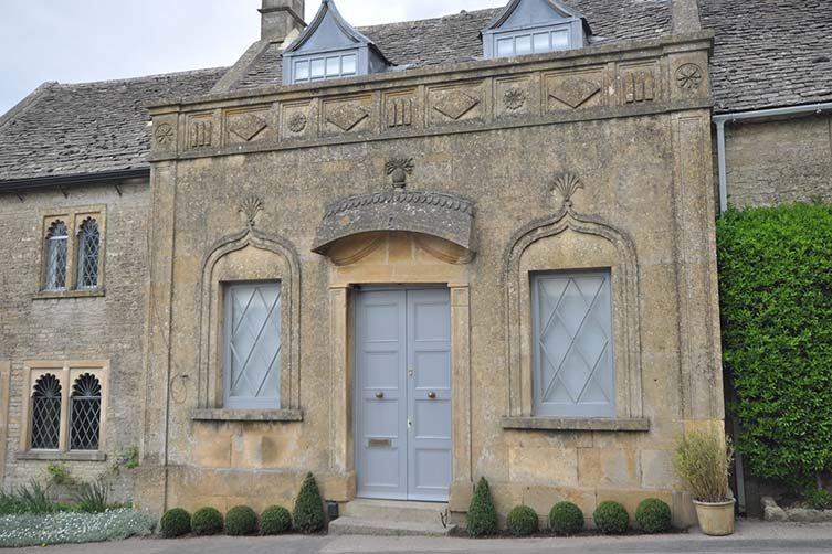 Pineapple Spa, Stow-on-the-Wold