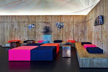 beuster bar berlin. Black Bedroom Furniture Sets. Home Design Ideas