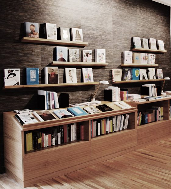 gestalten space berlin we heart lifestyle design magazine. Black Bedroom Furniture Sets. Home Design Ideas