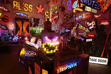 Chris Bracey's Gods Own Junkyard at Lights of Soho