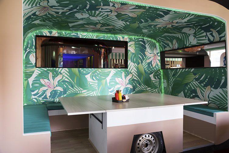 The grand trailer park taverna melbourne - Mobile bar taverna ...