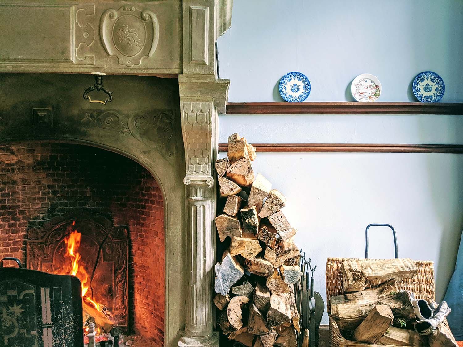 Seven No-Fail Ways to Have a Cosy Home, a Short Guide