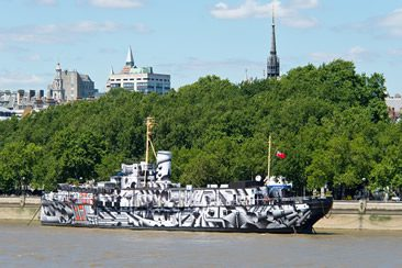 Tobias Rehberger — Dazzle Ship London, at HMS President for 14-18 Now