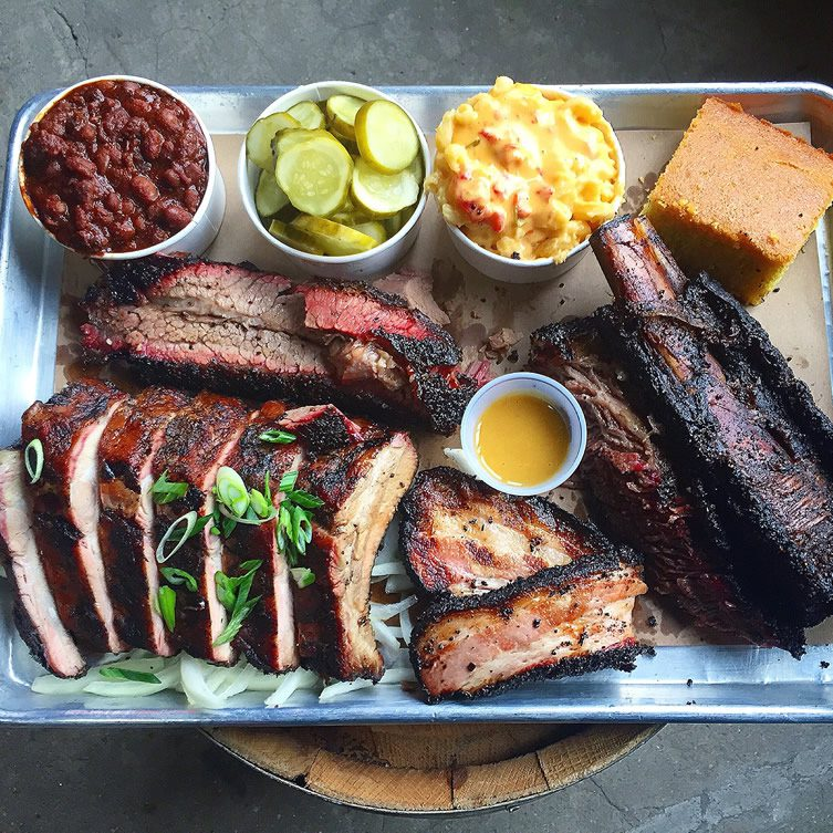Hometown bar b que red hook brooklyn for Food for bar b q