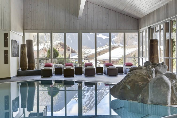 Huus Gstaad Luxury Hotel, Swiss Alps