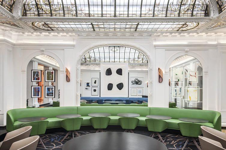 hotel vernet paris. Black Bedroom Furniture Sets. Home Design Ideas
