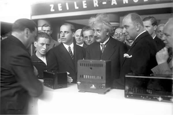 Albert Einstein opens the IFA in 1930