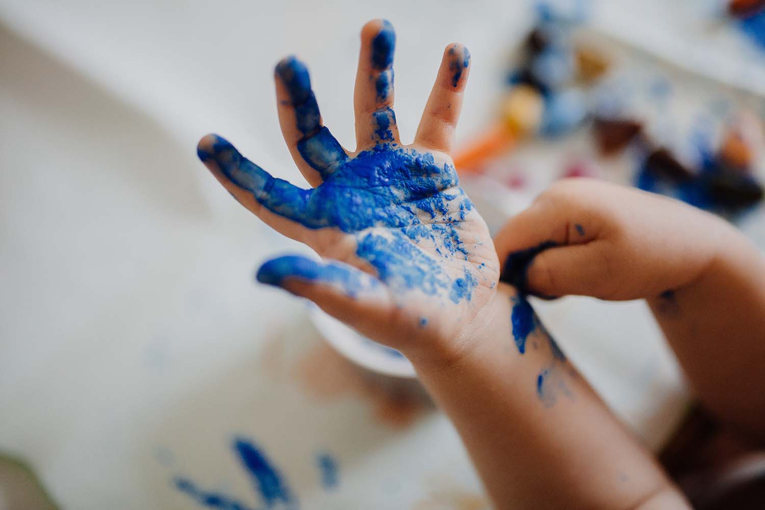 Why Introducing Art To Kids Can Make Parenting Easier For Mothers