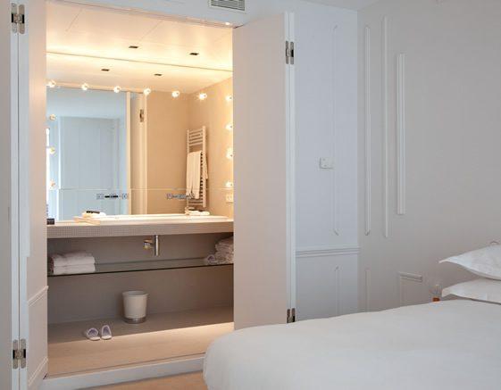 maison des champs elyses la maison champs elysees hotel thumb maison champs elysees par maison. Black Bedroom Furniture Sets. Home Design Ideas
