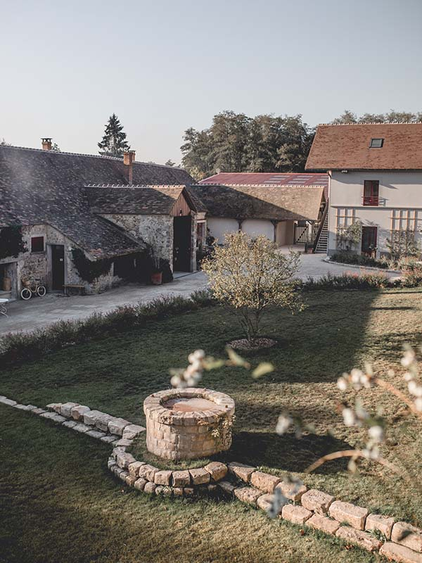 Le Barn Bonnelles Luxury Hotel in Rambouillet Forest Close to Paris