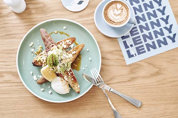 Lenny 3206 Melbourne, Bayside Albert Park Restaurant by Moby 3143