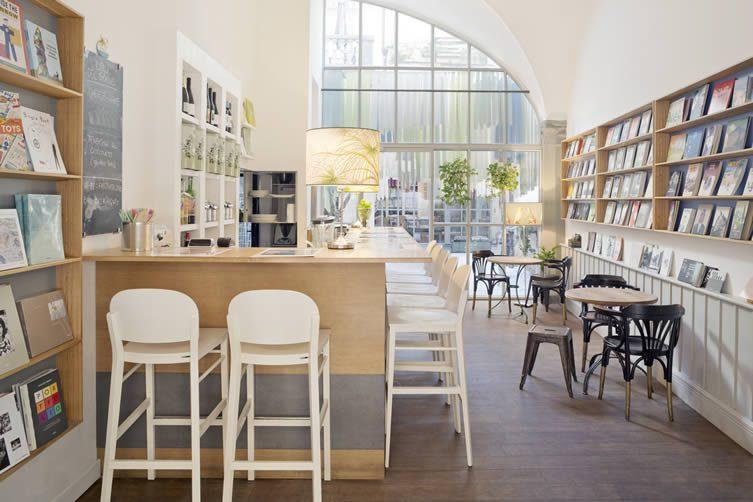 DEFERRARI+MODESTI Libreria Brac Firenze.