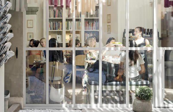 BRAC Florence Bookshop. Libreria Brac Art Bookstore Firenze.